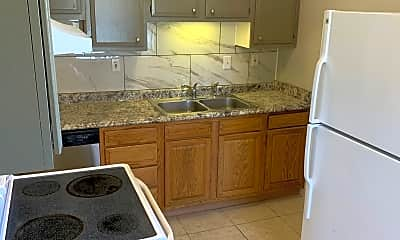Kitchen, 10316 Greentree Lane #2, 1