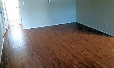 Living Room, 17950 Burbank Blvd, 0