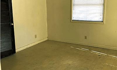 Bedroom, 403 E Texas Ave, 1