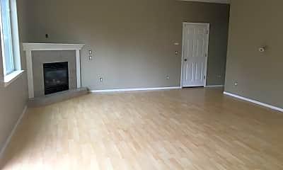 Living Room, 736 Cameron St NE, 1