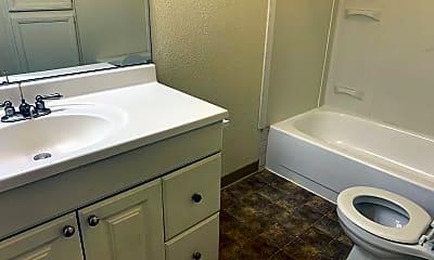 Bathroom, 2169 Kietzke Ln, 2