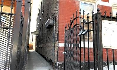 Building, 1066 N Hermitage Ave, 1