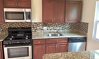 Kitchen, 497 Poplar St, 1