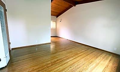 Living Room, 640 Homer Ave, 1