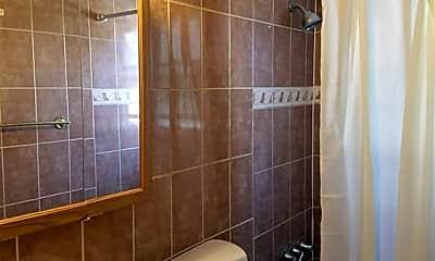 Bathroom, 80 Seabreeze Way, 2