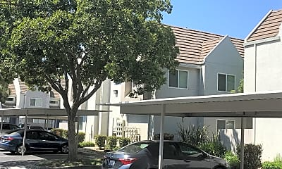 Fountain Circle Townhomes, 0