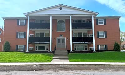 Building, 825 Center Rd, 0