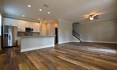 Living Room, 2603 E Central Blvd, 1