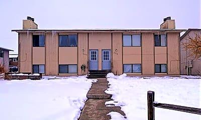 Building, 2570 S McKinley St, 0