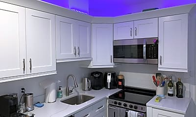 Kitchen, 27 Temple St, 1