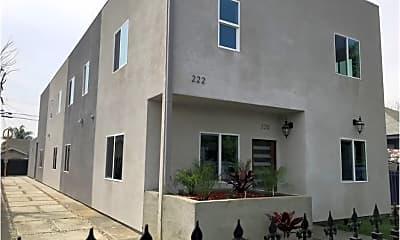 Building, 220 E 61st St, 1
