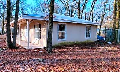 Building, 135 Pierce Dr, 1