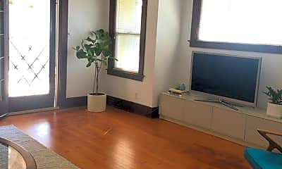 Living Room, 116 W 1st St, 0