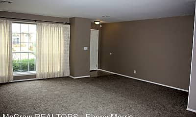 Living Room, 3801 W Hartford St, 1