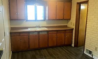 Kitchen, 5921 N 42nd St, 0