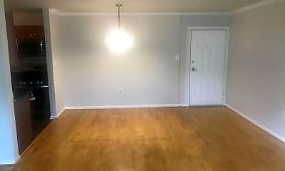 Living Room, 3107 Naylor Rd SE 203, 1