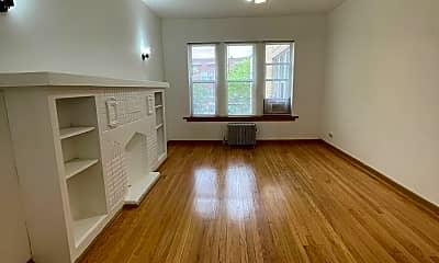 Living Room, 5400 W Madison St, 0