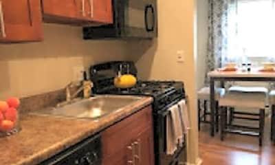 Kitchen, 101 N 5 Points Rd, 1