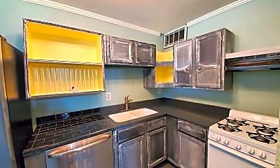 Kitchen, 550 Smith St, 1