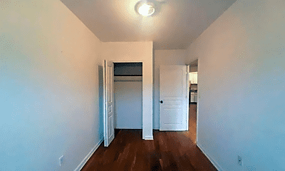 Bedroom, 686 Willoughby Ave, 0