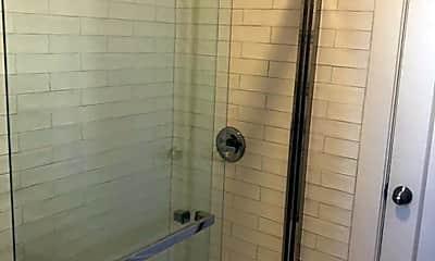 Bathroom, 159 Clayton St, 2