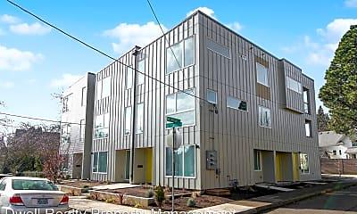 Building, 4493 NE Rodney Ave, 0