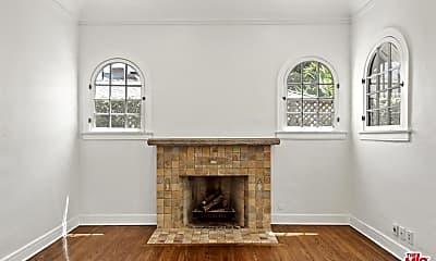 Living Room, 448 Westmount Dr, 2