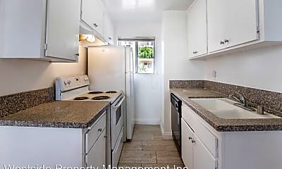Kitchen, 7075 Lanewood Ave, 1