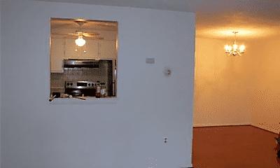 Kitchen, 24 Williamsburg Ct, 1