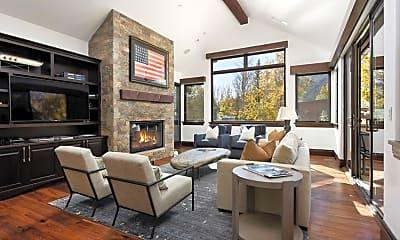 Living Room, 566 Race St, 1