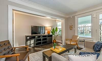 Living Room, 401 E 85th St, 0