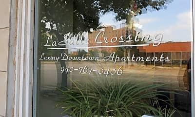 La Salle Crossing, 1