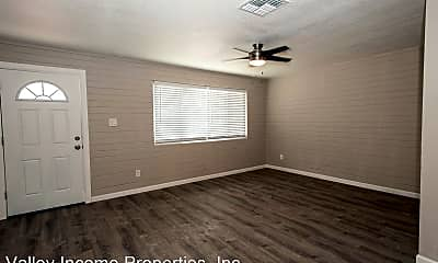 Bedroom, 2620 W Pierson St, 1