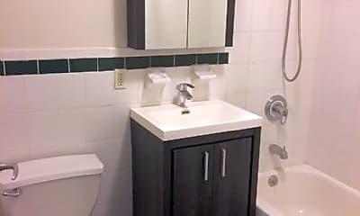 Bathroom, 335 E 111th St, 1