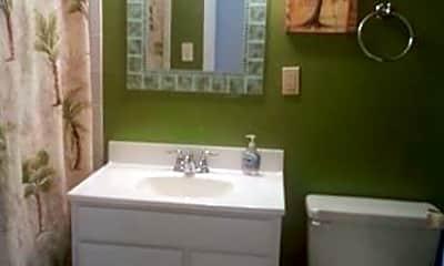 Bathroom, 4403 Ocean View Ave, 2