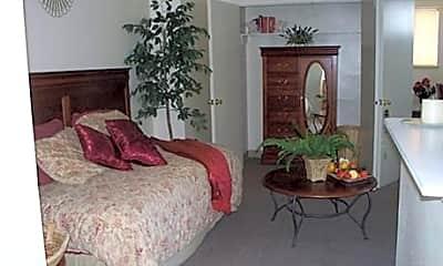 Missouri Apartments, 2