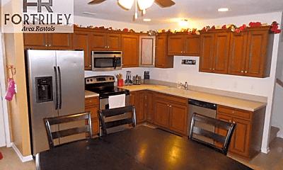 Kitchen, 701 S Clay St, 2