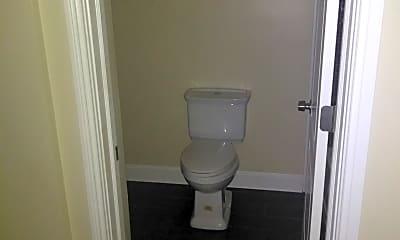 Bathroom, 2340 W Taylor St, 2