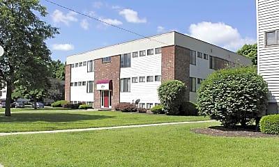 Building, Waterford Glen, 0