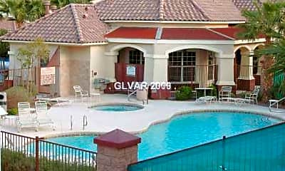 Pool, 5855 Valley Dr, 2