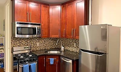 Kitchen, 176 N 8th St, 1