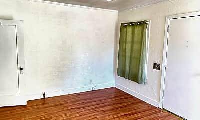 Living Room, 2258 Duane St, 1