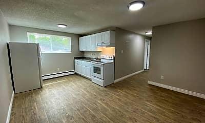 Living Room, 9407 E 17th Ave, 1