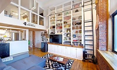 Living Room, 376 President St, 1