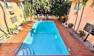 Pool, 218 Santillane Ave 18, 1