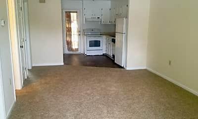 Living Room, 100 Lanier Dr, 0