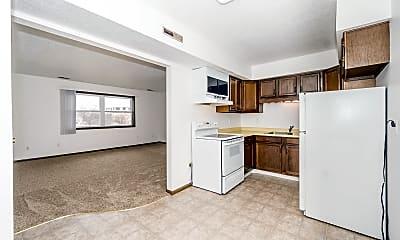 Kitchen, 2517 Royal Dr, 1