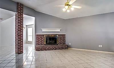 Living Room, 5821 Rock Meadow Trail, 1