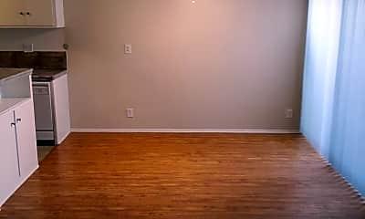 Living Room, 17950 Burbank Blvd, 1
