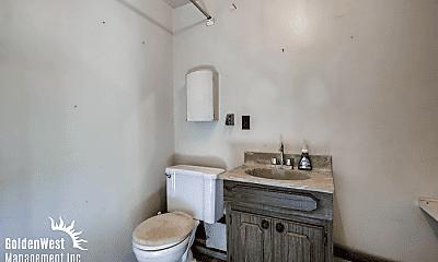 Bathroom, 5030 Raymond Pl, 2